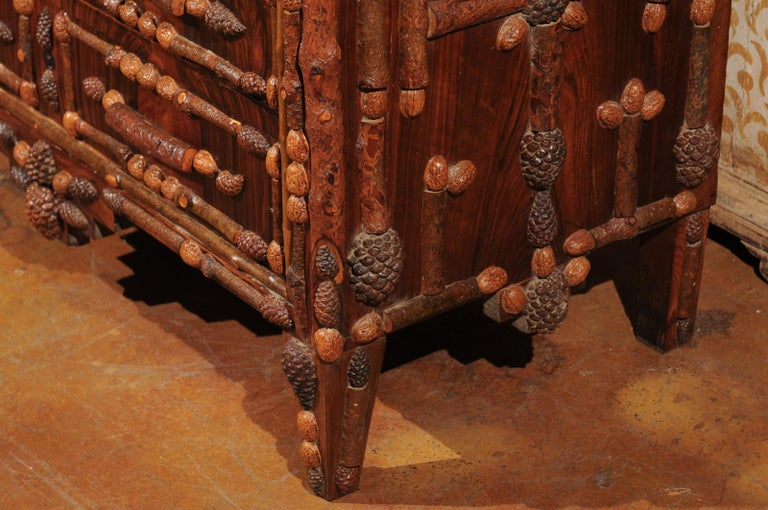 French Vintage Midcentury Three-Drawer Chest with Pinecone and Walnut Motifs For Sale 4