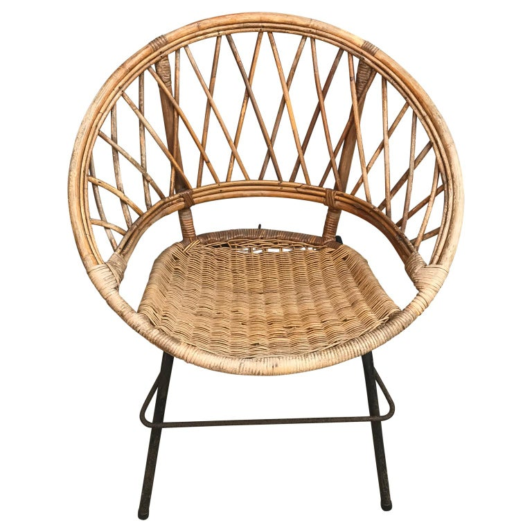 20th Century French Vintage Wicker Loop Chair For Sale