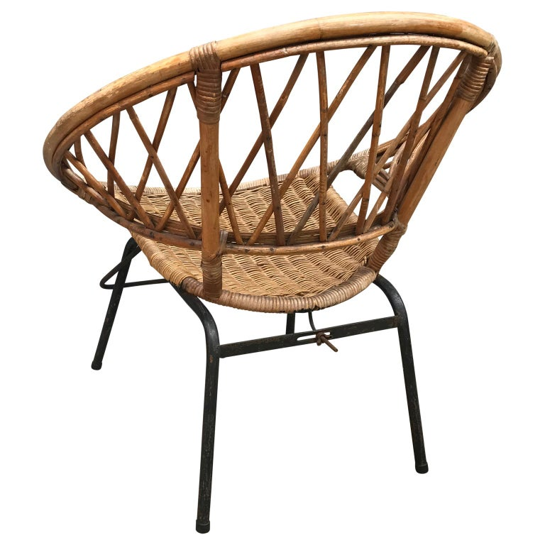 French Vintage Wicker Loop Chair For Sale 3