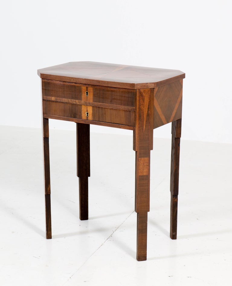 French Walnut Art Deco Sewing Table with Inlay, 1930s In Good Condition For Sale In Amsterdam, NL
