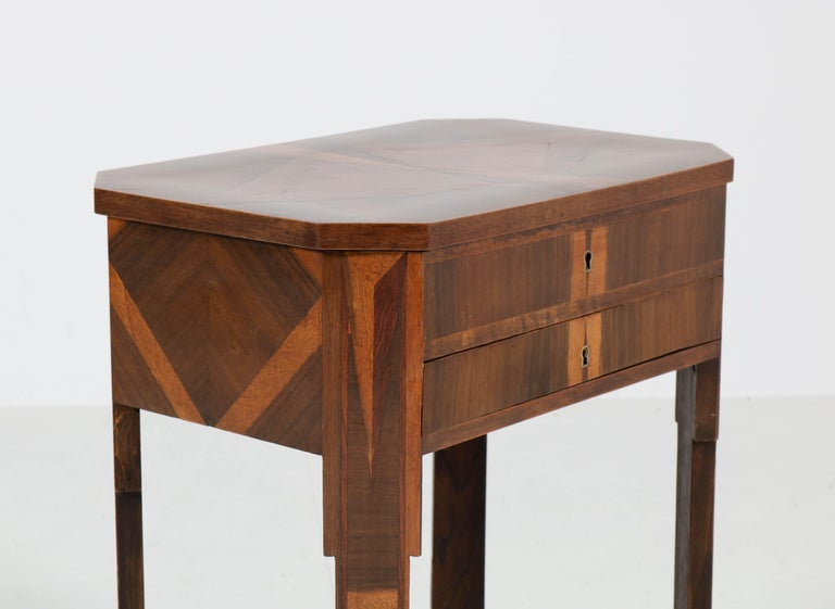 French Walnut Art Deco Sewing Table with Inlay, 1930s For Sale 2