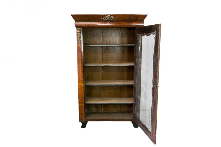 French Walnut Bookcase For Sale 2