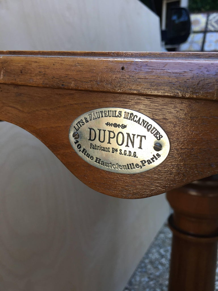 French Walnut Dupond Adjustable Bookstand from 1920s For Sale 1