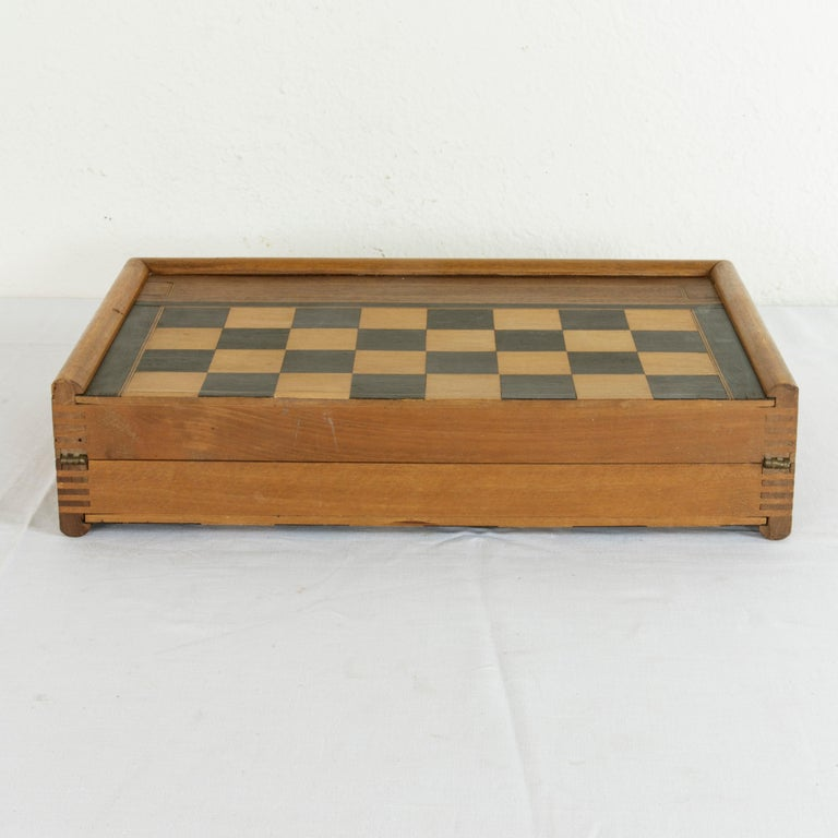 Walnut Marquetry Folding Game Box, with Reverse Side Backgammon, circa 1900 In Good Condition For Sale In Fayetteville, AR