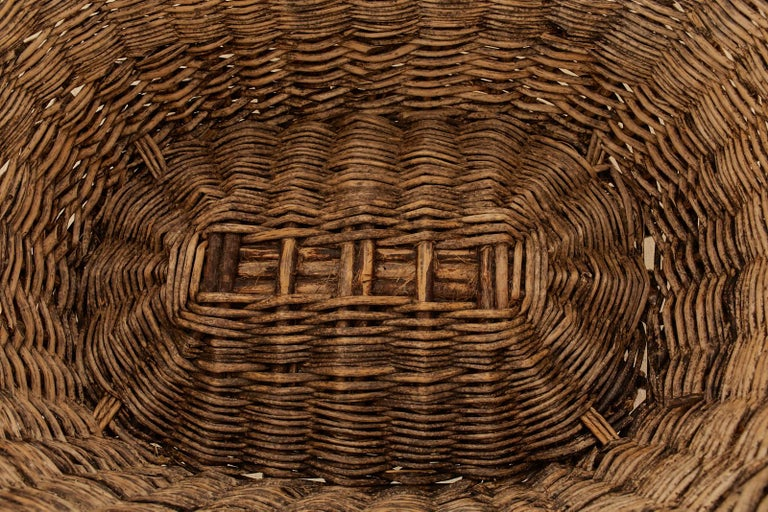 French Woven Wicker Champagne Grape Harvest Basket For Sale 3
