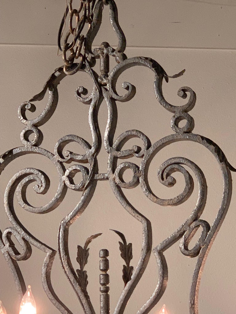 20th Century French Wrought Iron 8-Light Chandelier For Sale