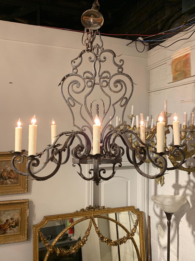 French Wrought Iron 8-Light Chandelier For Sale 2
