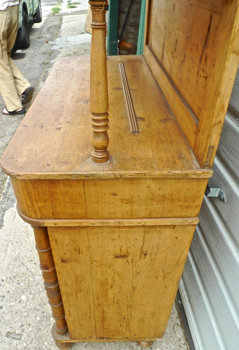 French Open Faced Kitchen Dresser with 3 Shelves, 2 Doors and One Drawer For Sale 2