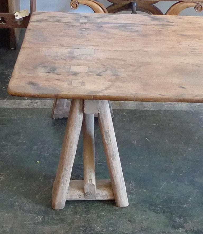 French 19th Century Stained Pinewood Coffee Table Top on Two Pinewood Sawhorses For Sale 2