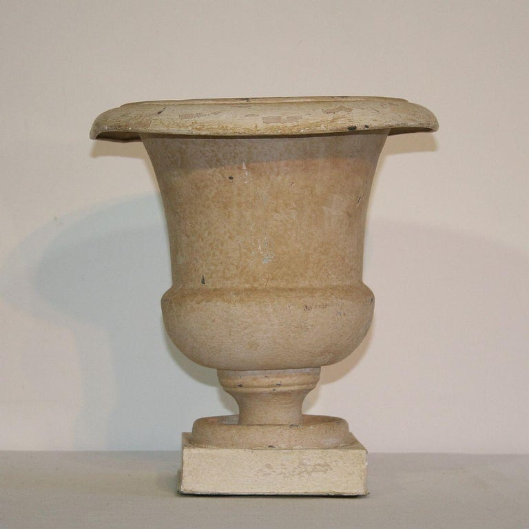 Very nice zinc Medici vase with old color, France, circa 1850. Weathered.