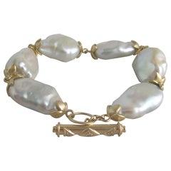 Fresh Water Baroque Pearl and 18 Karat Gold Bracelet