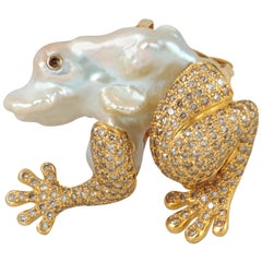 Fresh Water Pearl with Brown Diamond Brooch Set in 18 Karat Gold Settings