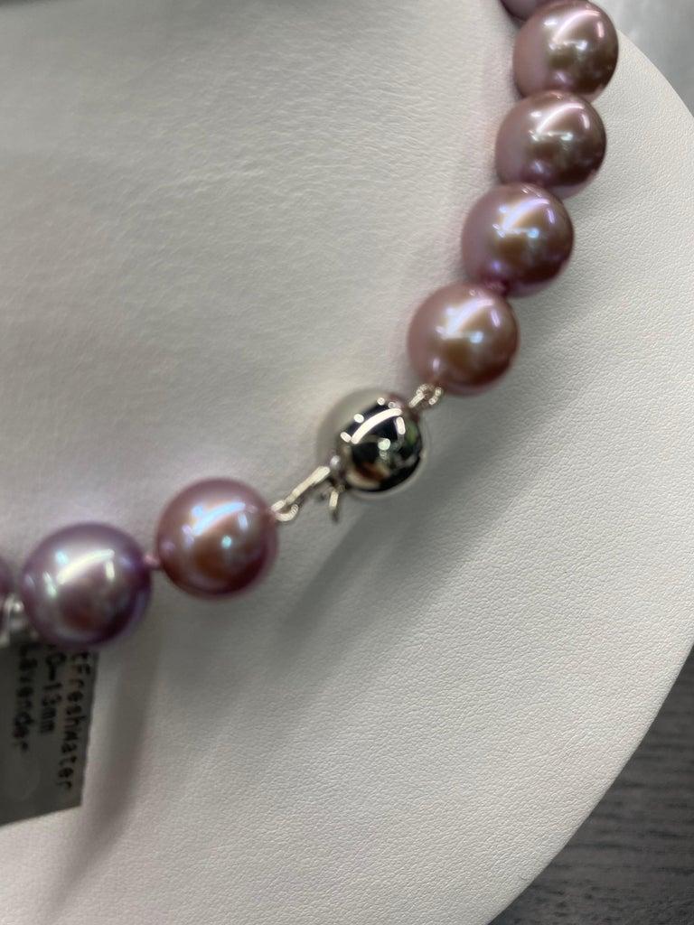 Freshwater Lavender Pearl Strand Necklace 14 Karat White Gold For Sale 3