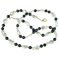 Freshwater Pearl and Black Onyx Necklace