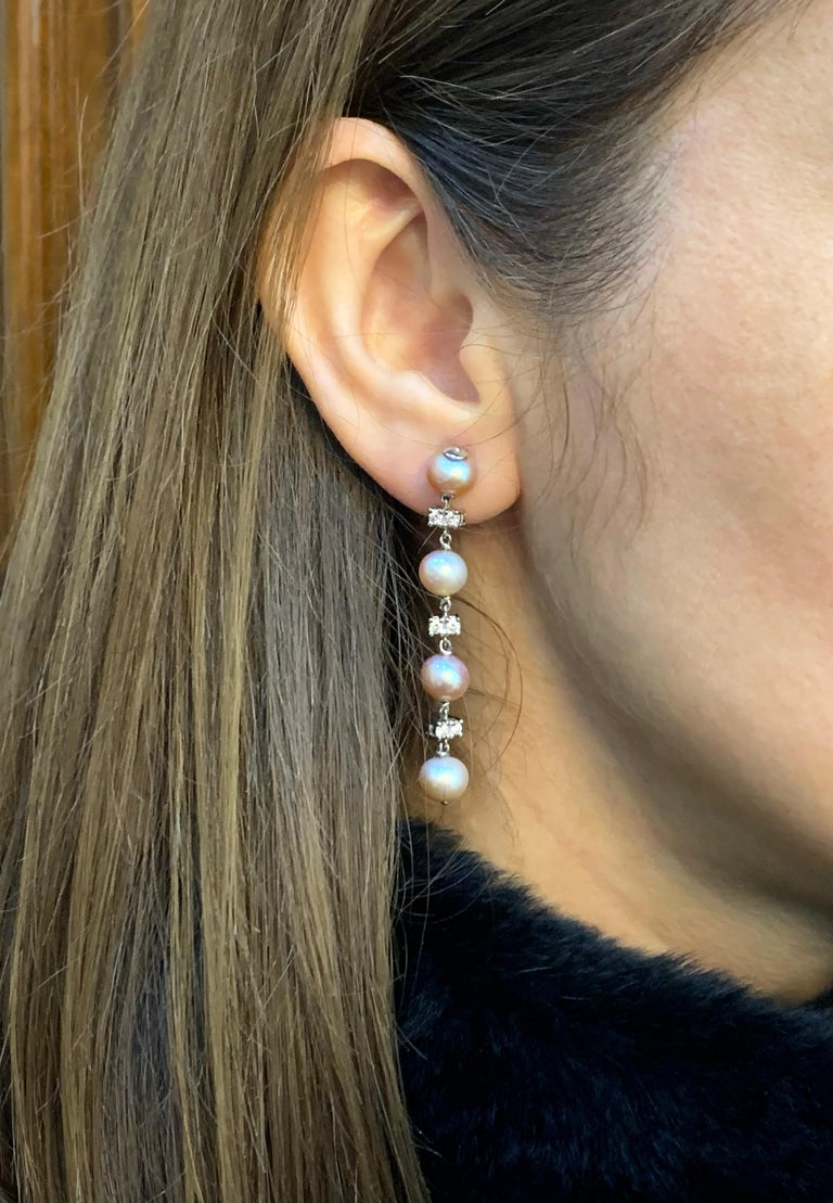 Freshwater Pearl and Diamond 18 Carat White Gold Drop Earrings In Good Condition For Sale In London, GB