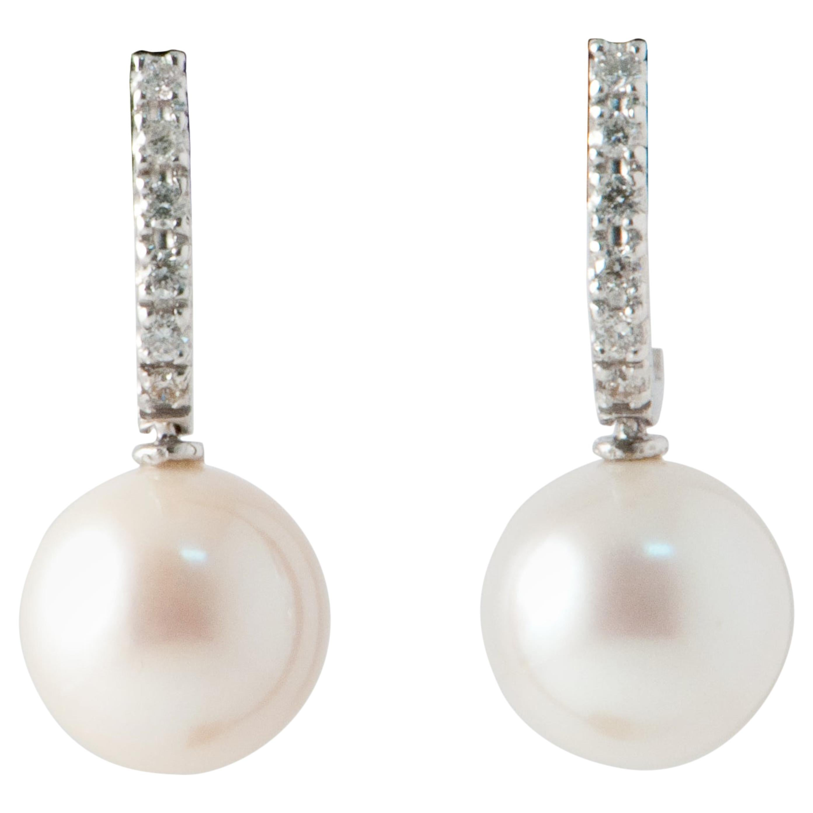 Freshwater Pearls and White Diamonds on White Gold 18 Karat Drop Earrings