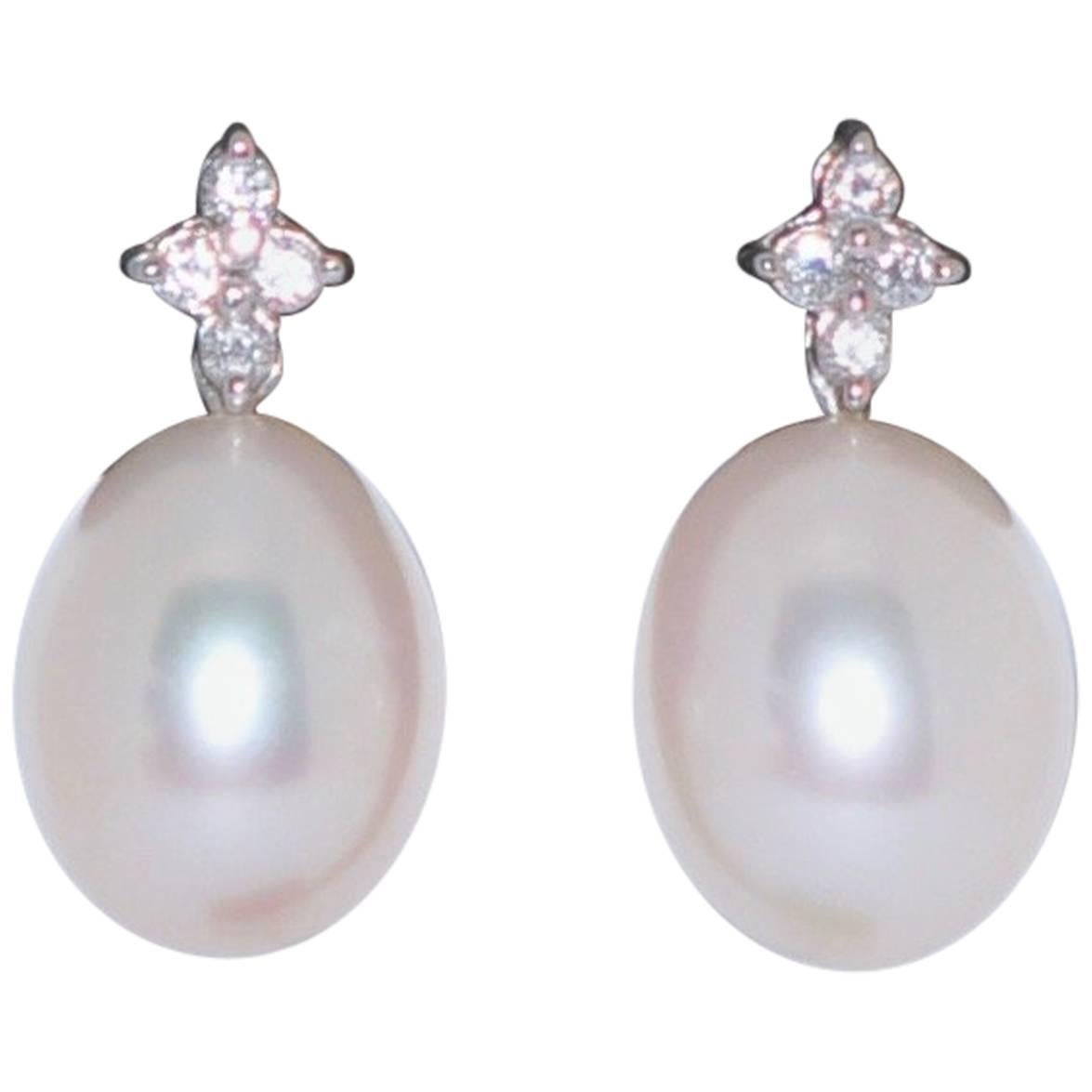 Freshwater Pearls and White Diamonds White Gold 18 Karat Drop Earrings