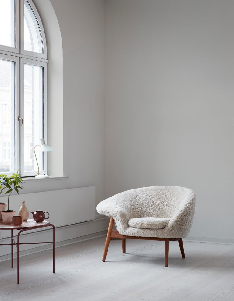 Fried Egg Chair Sheep Chair, by Hans Olsen from Warm Nordic For Sale 5
