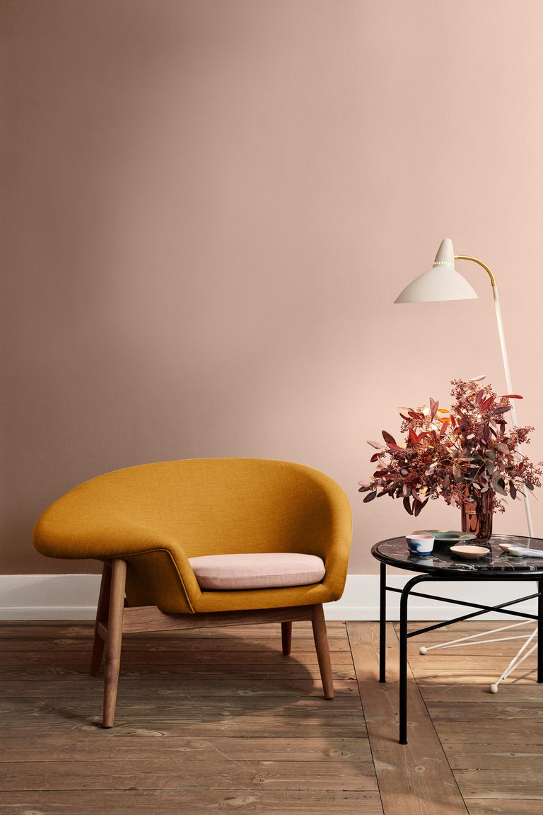 Fried Egg Two-Tone Chair, by Hans Olsen from Warm Nordic For Sale 7