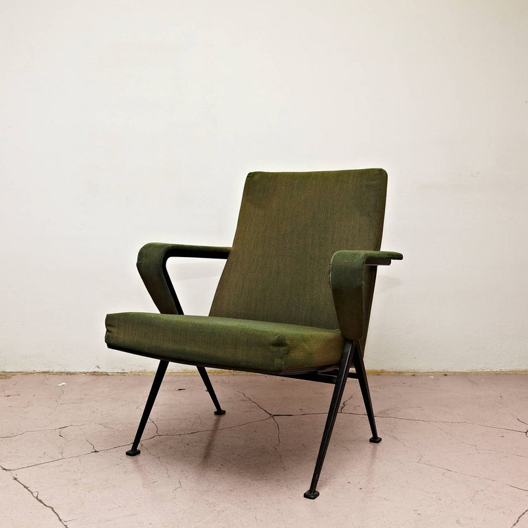 Friso Kramer Mid-Century Modern Green Upholstered Repose Fauteuil, 1969 For Sale 2