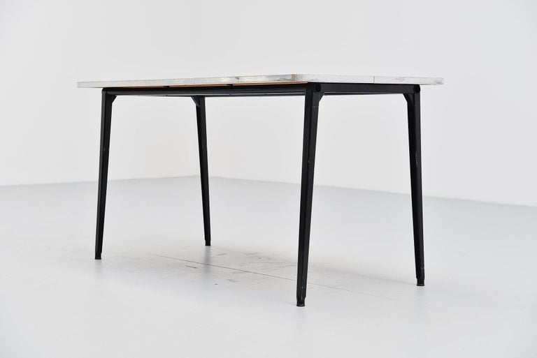 Mid-Century Modern Friso Kramer Reform table Ahrend de Cirkel, 1955 For Sale