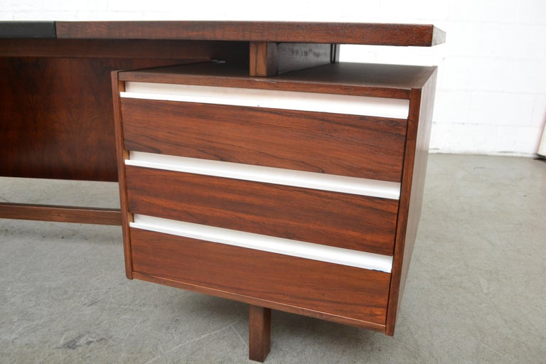 Fristho Executive Rosewood Desk For Sale 7
