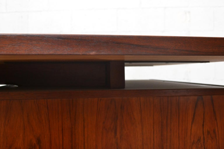 Late 20th Century Fristho Executive Rosewood Desk For Sale
