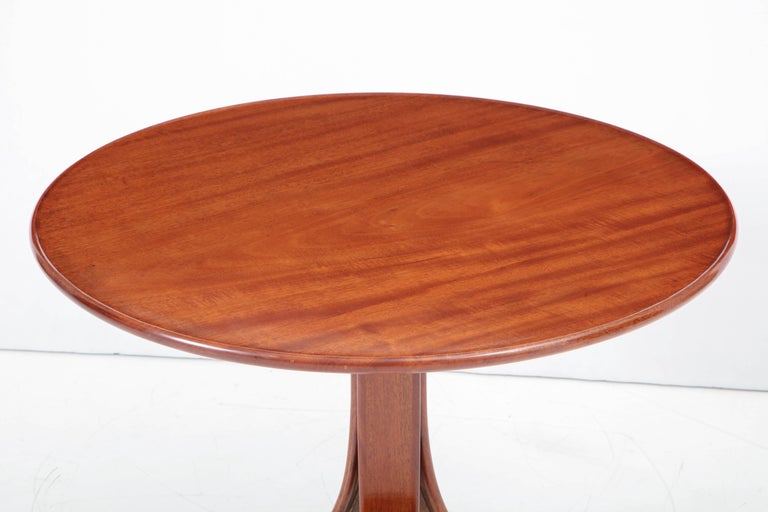 Scandinavian Modern Frits Henningsen Circular Side Table, circa 1940s For Sale