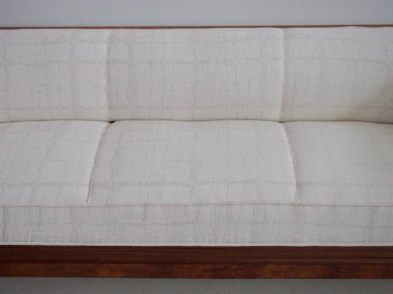 Scandinavian Modern Frits Henningsen Mahogany Sofa with White Fabric Upholstery For Sale
