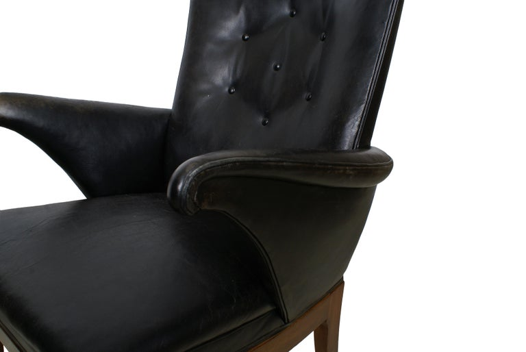 Scandinavian Modern Frits Henningsen Pair of Easy Chairs in Cuban Mahogany and Leather, 1932 For Sale