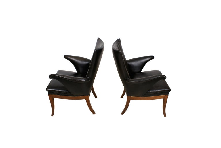 Frits Henningsen Pair of Easy Chairs in Cuban Mahogany and Leather, 1932 For Sale 1