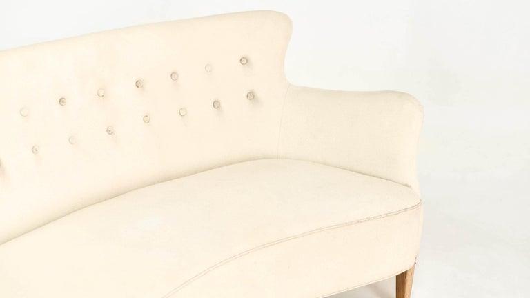 Frits Henningsen, Unique Concave Sofa, Denmark, circa 1940 For Sale 5