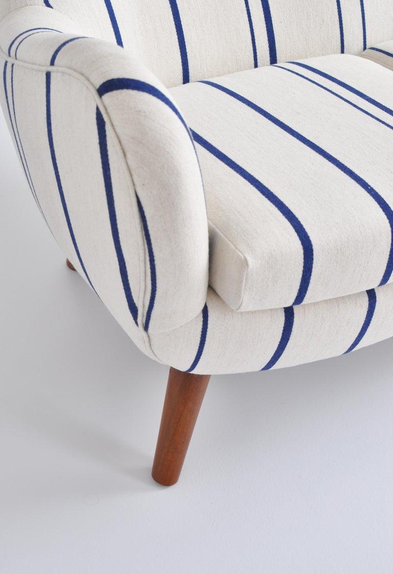 Frits Schlegel Sofa / Settee in Blue Striped Savak Wool, Denmark, 1940s For Sale 4