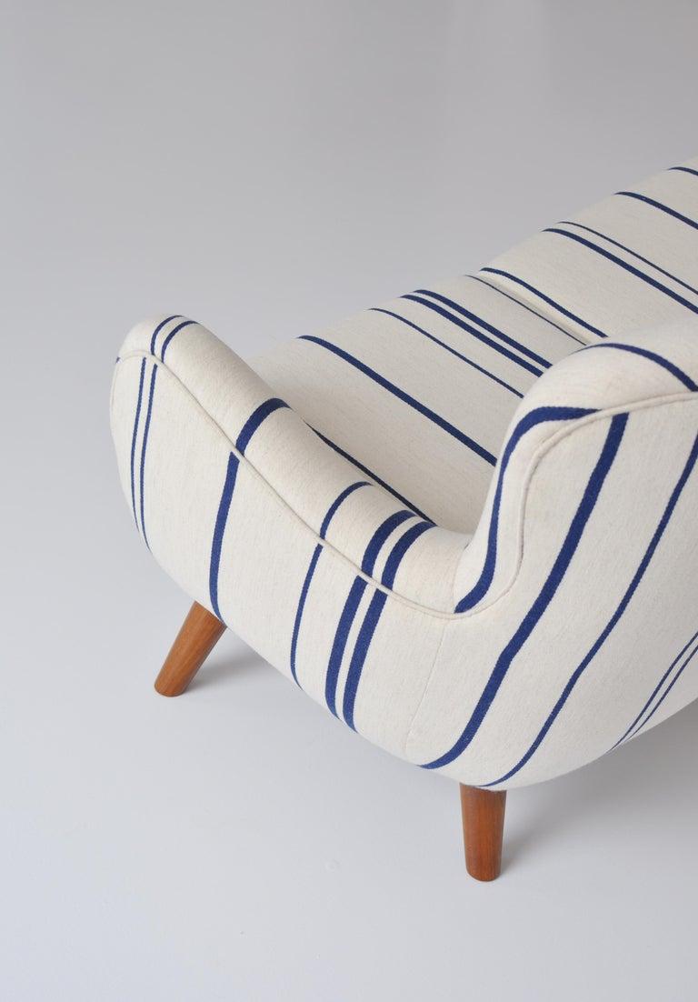 Frits Schlegel Sofa / Settee in Blue Striped Savak Wool, Denmark, 1940s For Sale 6