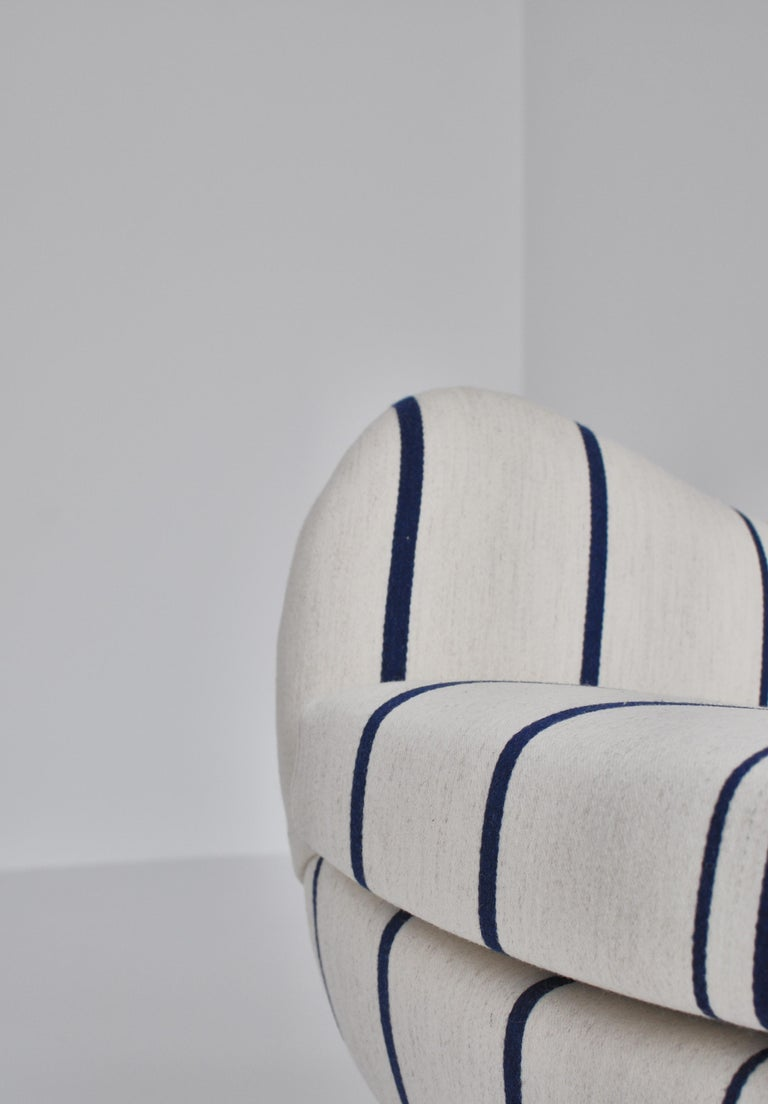 Frits Schlegel Sofa / Settee in Blue Striped Savak Wool, Denmark, 1940s In Good Condition For Sale In Odense, DK
