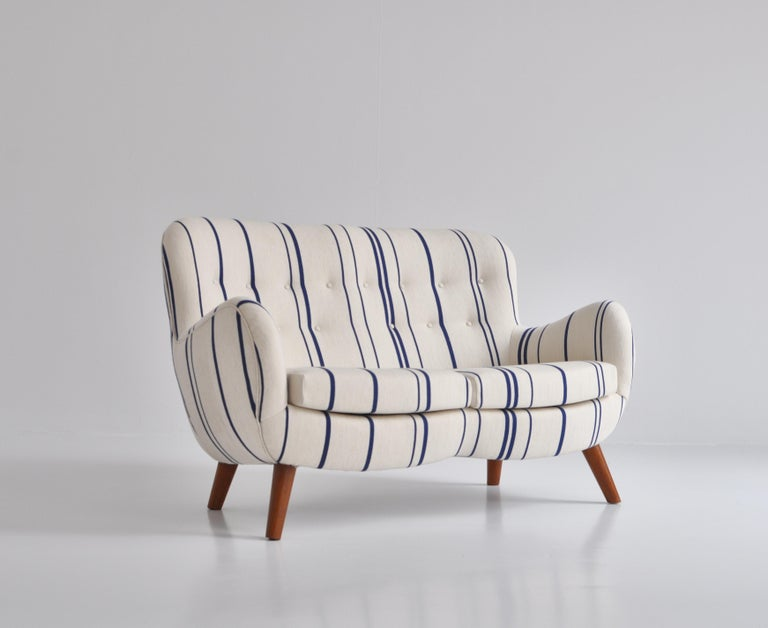 Mid-20th Century Frits Schlegel Sofa / Settee in Blue Striped Savak Wool, Denmark, 1940s For Sale