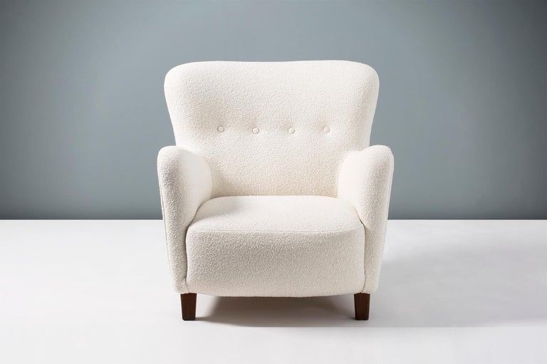 Fritz Hansen 1940s Boucle Armchair In Excellent Condition For Sale In London, GB