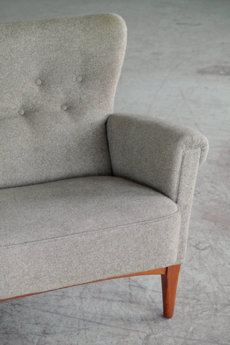 Mid-Century Modern Fritz Hansen Danish Midcentury Sofa or Settee in Teak and Red Wool, circa 1955