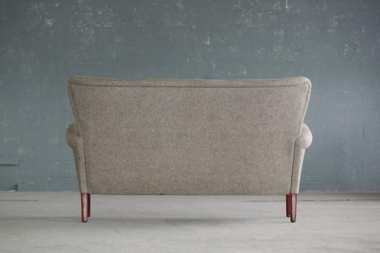 Fritz Hansen Danish Midcentury Sofa or Settee in Teak and Red Wool, circa 1955 2