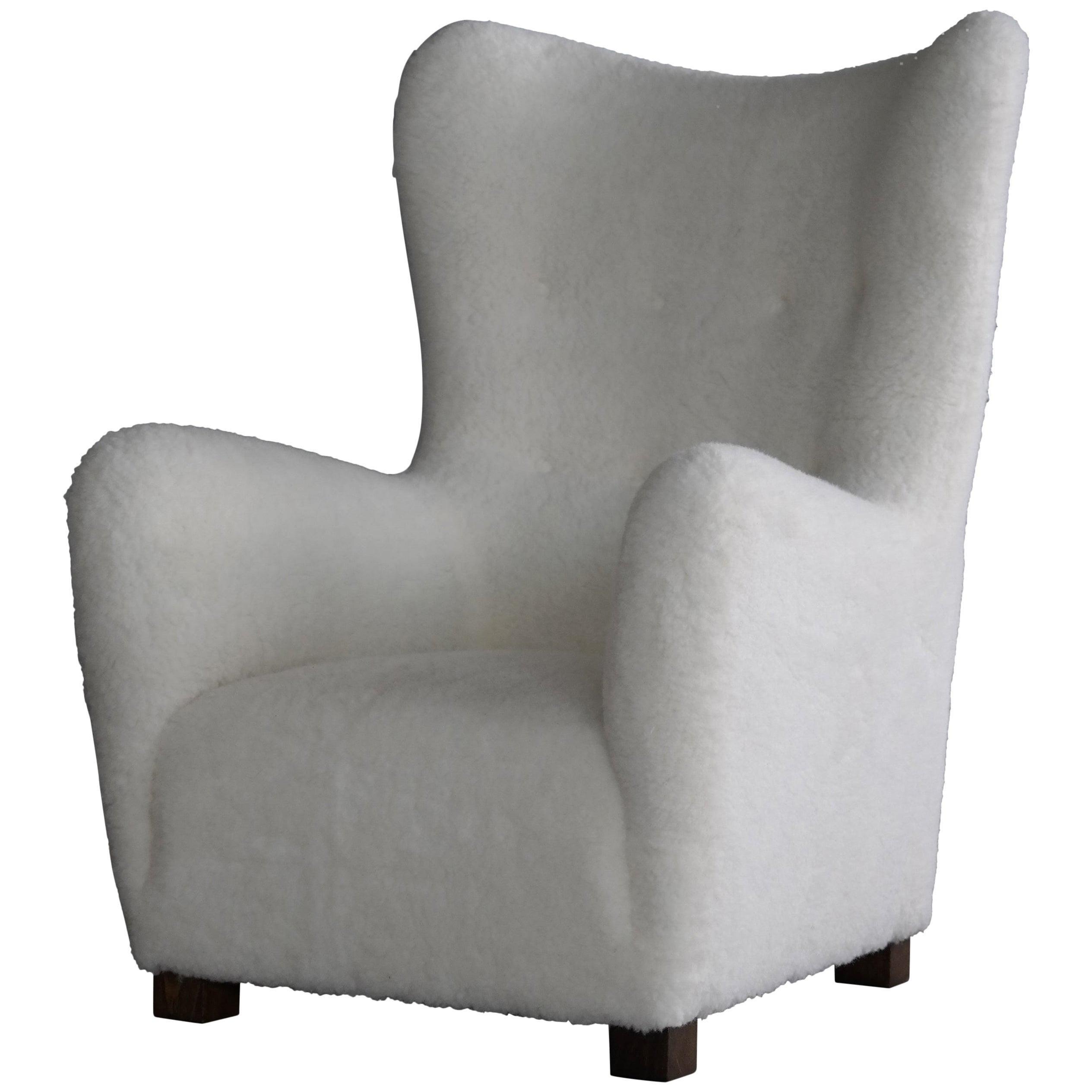 Fritz Hansen Model 1672 High Back Lounge Chair in Lambswool, Denmark, 1940s