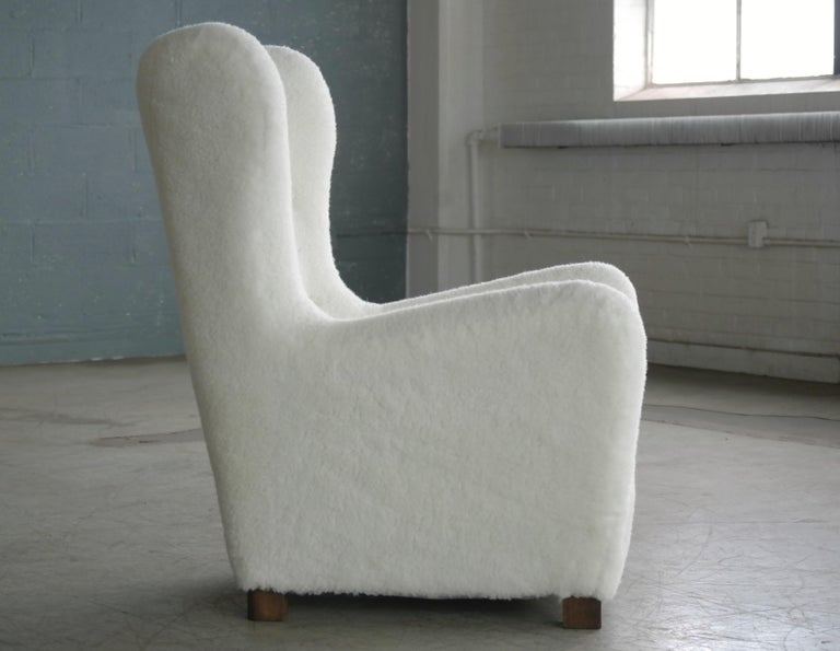 Fritz Hansen Model 1672 Lambswool Covered High Back Lounge Chair Danish, 1940s For Sale 4