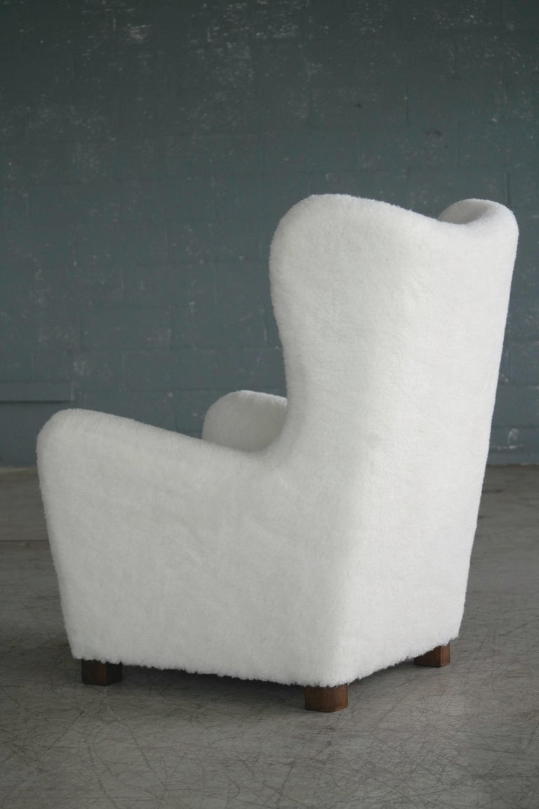 Fritz Hansen Model 1672 Lambswool Covered High Back Lounge Chair Danish, 1940s For Sale 3