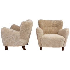 Fritz Hansen Pair of Easy Chairs in Beige Sheepskin, Model 1669, 1930s