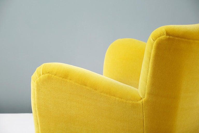 Fritz Hansen Style 1950s Mohair Velvet Armchair For Sale 4