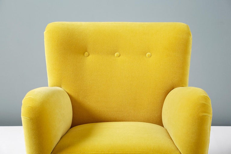 Fritz Hansen Style 1950s Mohair Velvet Armchair In Excellent Condition For Sale In London, GB