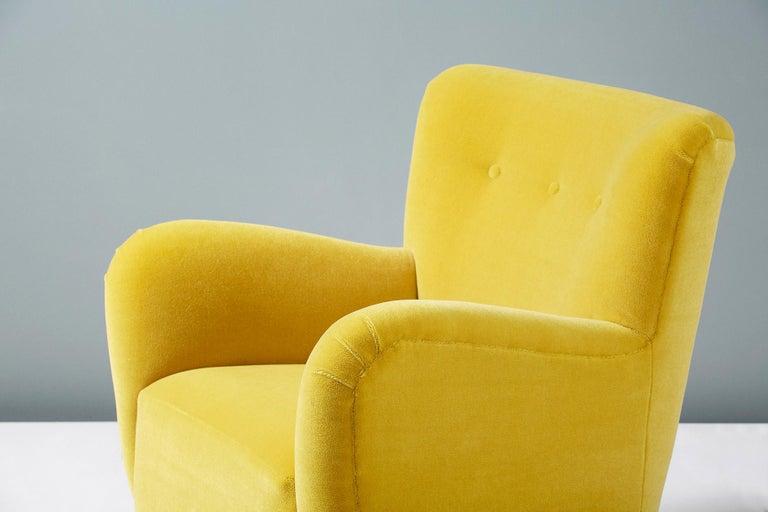 Fritz Hansen Style 1950s Mohair Velvet Armchair For Sale 3