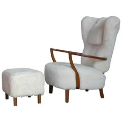 Fritz Hansen Style Lounge Chair and Ottoman Covered in White Shearling Sheepskin