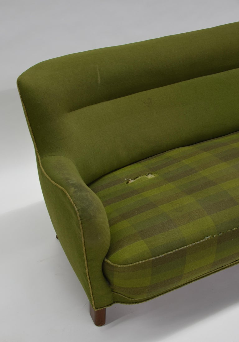 Fritz Hansen Three-Seat Sofa Green Model 1669a / 4468 For Sale 8
