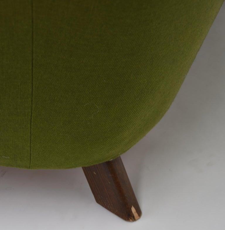Fritz Hansen Three-Seat Sofa Green Model 1669a / 4468 For Sale 2