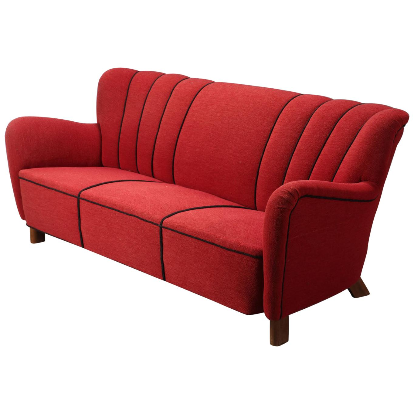Fritz Hansen Three-Seat Sofa Model 1669a Red 3-Seat Couch 1940s Midcentury